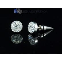 """Rvs oorbellen met """"diamantjes"""" rond."""