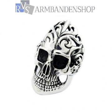 Rvs big skull ring.