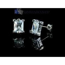 """Rvs oorbellen met """"diamant"""" rechthoekig."""
